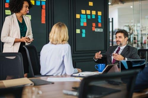 10 Tips to Improve Communication Skills